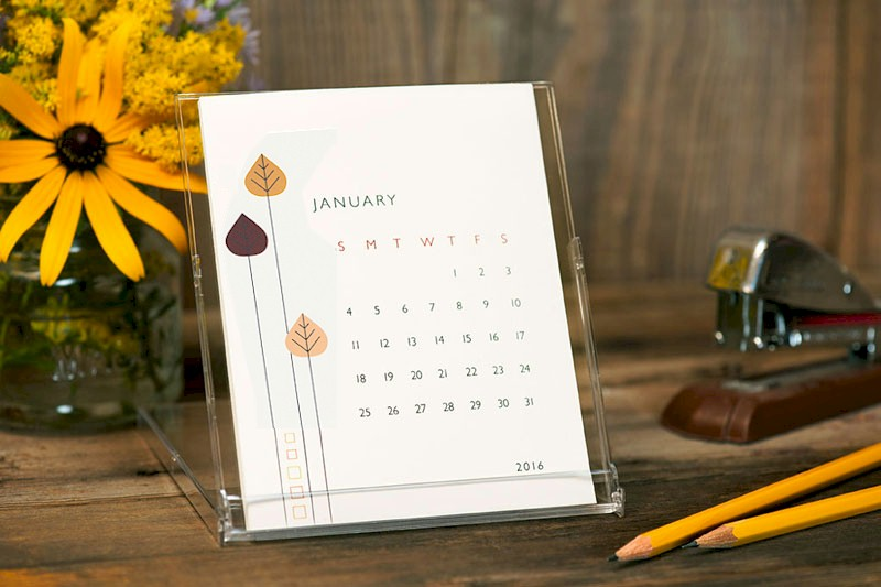 Desktop Calendars (Retro Flowers)