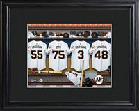MLB Clubhouse Print w/Wood Frame - Giants