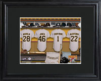 MLB Clubhouse Print w/Wood Frame - Pirates