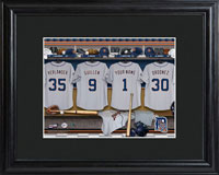 MLB Clubhouse Print w/Wood Frame - Tigers