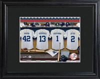 MLB Clubhouse Print w/Wood Frame - Yankees