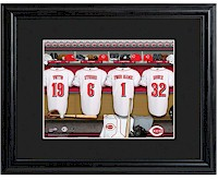 MLB Clubhouse Print w/Wood Frame - Reds