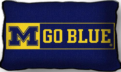 College Throw Pillows (University of Michigan Go Blue) (2979-P)